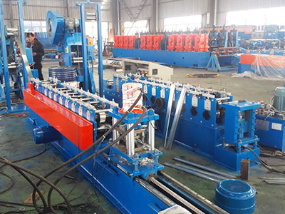 XSJ 900 decking forming machine