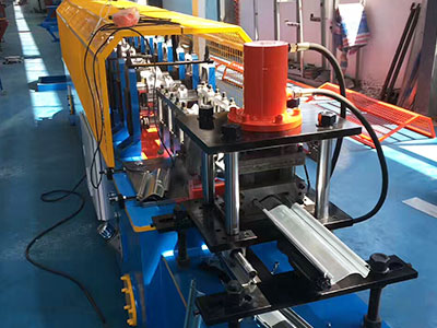 XSJ 740 close decking roll forming machine